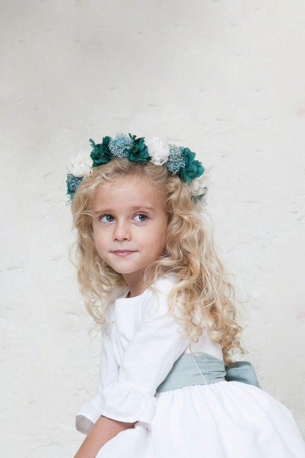 corona de flores de niña para ceremonia