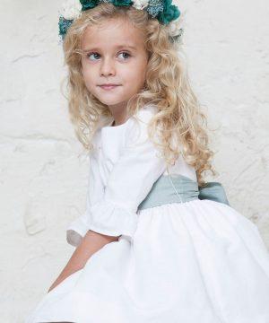 vestido de arras de lino blanco para niña