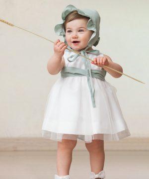 vestido de ceremonia de bebé