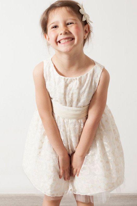 outlet de vestido de ceremonia de niña en tul bordado