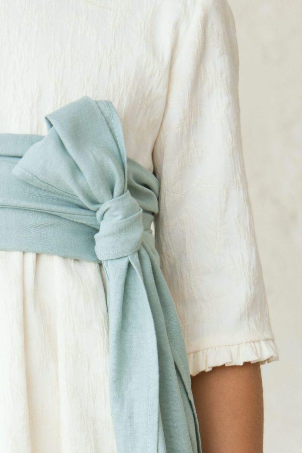 vestido de comunión de niña brocado con estampado de flores