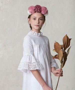 túnica de comunión de lino blanco