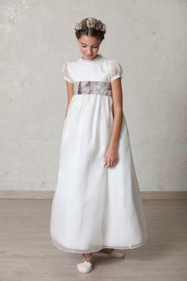 vestido de comunión de organza y seda