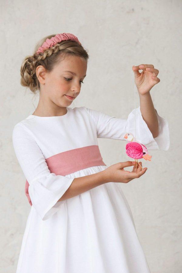 diadema de comunión de lino rosa empolvado acordeón