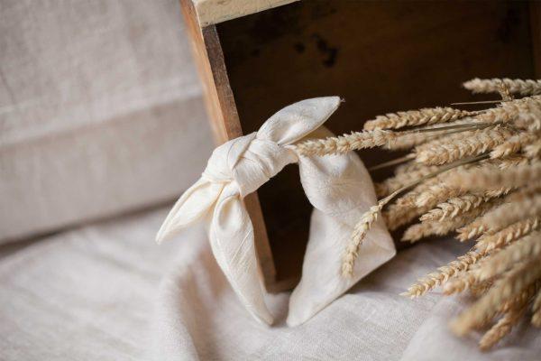 Diadema de comunión o ceremonia de Quémono de tejido brocado