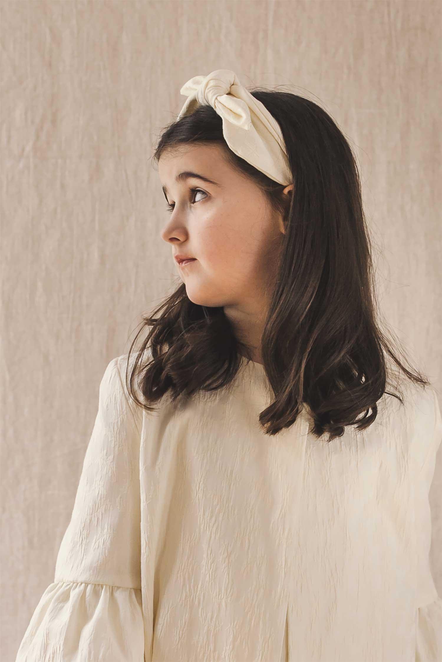 Diadema para niña de comunión o ceremonia de brocado