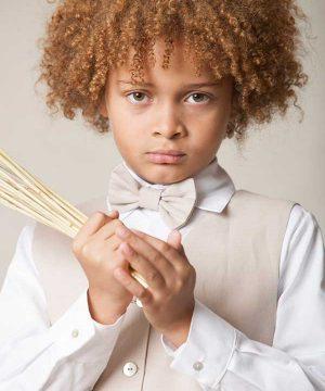 pajaritos y corbatas para niños para bodas