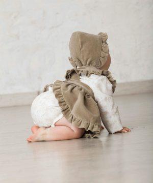 cubrepañal de bebé en estampado de flores