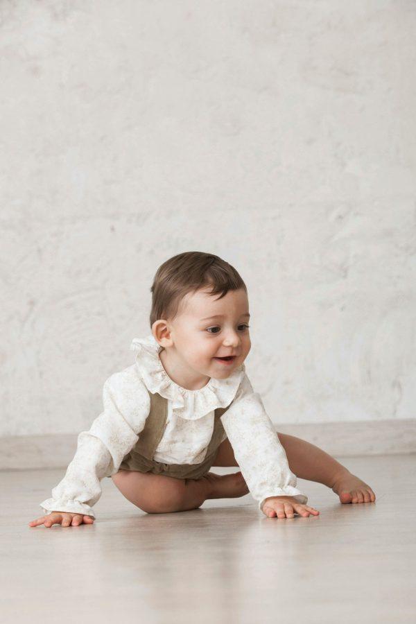 pantalón bombacho de tirantes terciopelo marrón para bebés