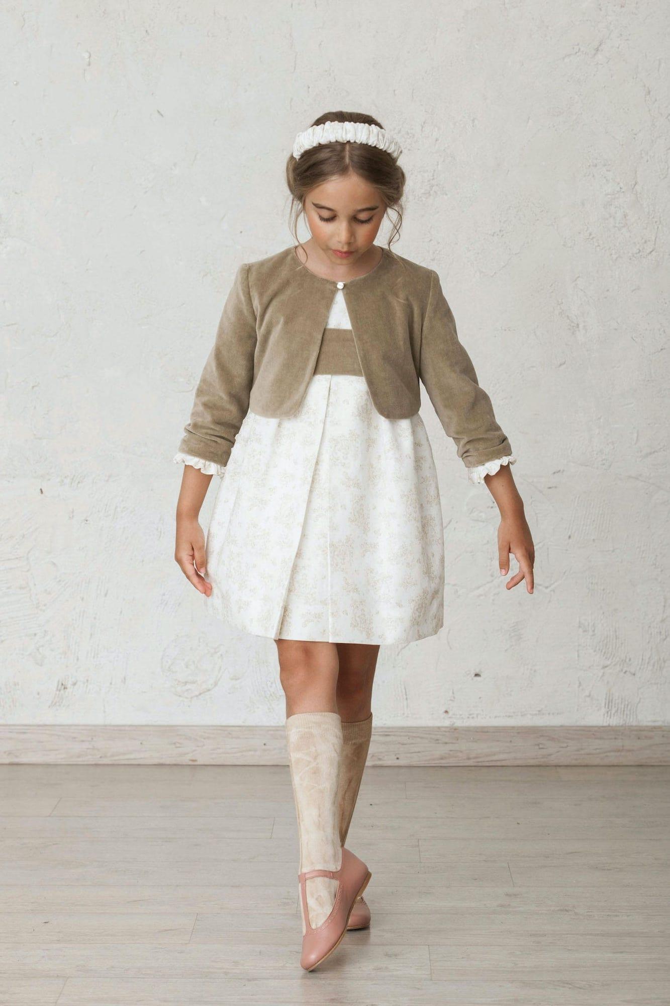 vestido de ceremonia de invierno con bolero