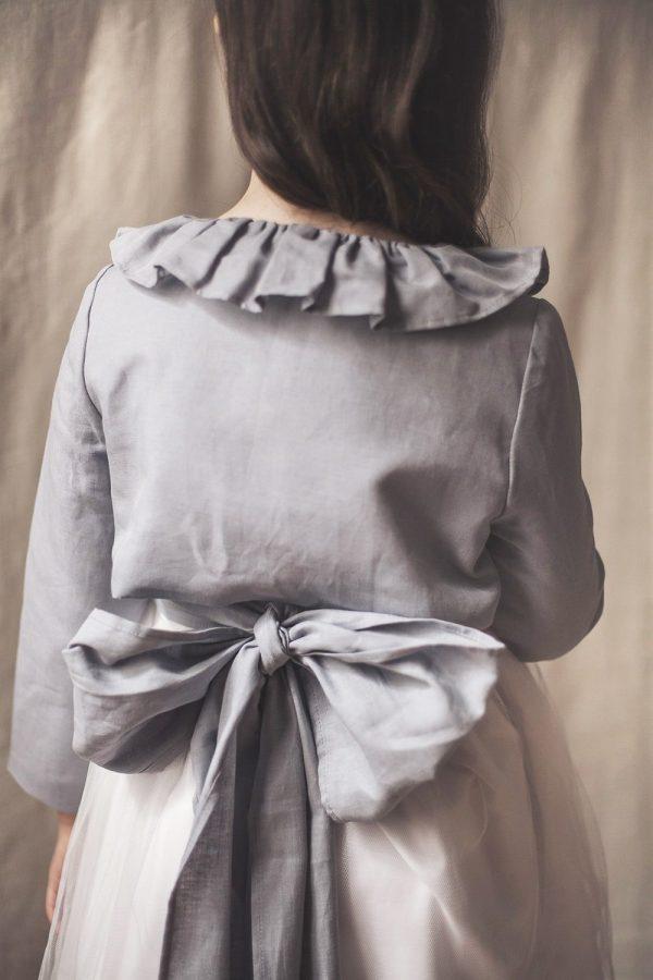 chaqueta de comunión de niña de lino y cuello de volante