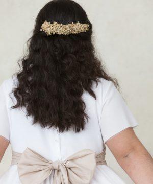 tocado de pelo para comunión niña