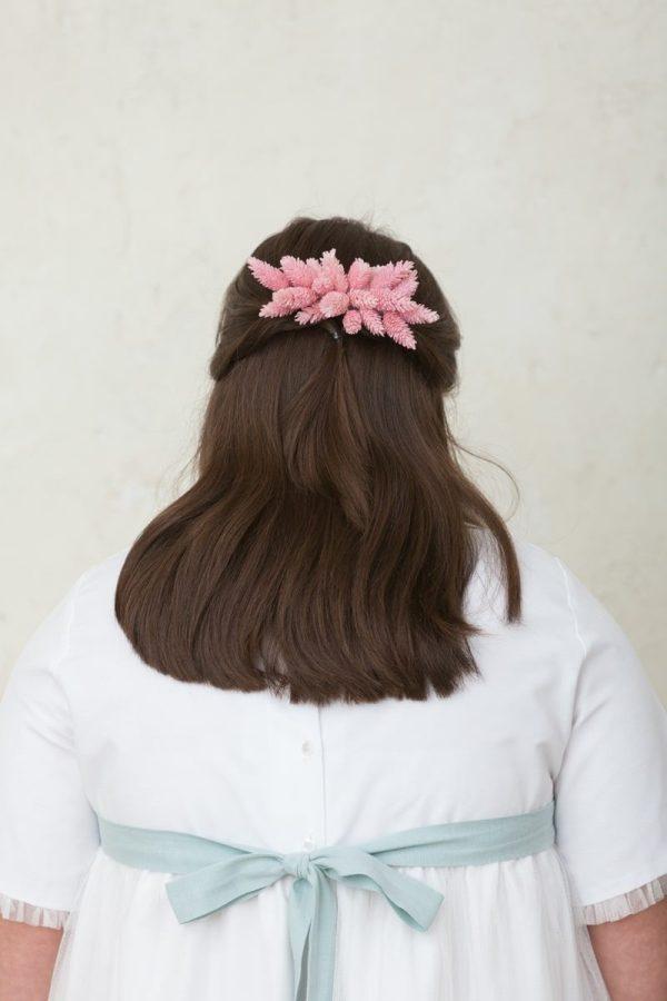tocado de flores rosas para niña