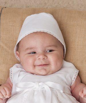 capota de bautizo de lino